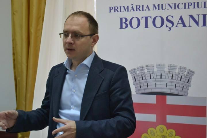 Elevii cu media 10 la Bacalaureat şi Evaluarea Naţională vor fi premiaţi de autorităţile municipiului Botoşani