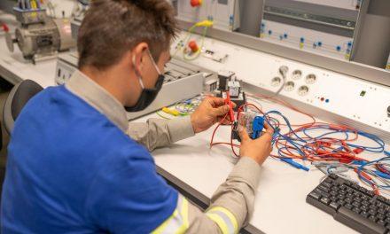 """Două noi specializări tehnice, acreditate la Colegiul Tehnic """"Alesandru Papiu Ilarian"""" din Zalău"""