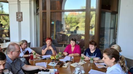Congres al cadrelor didactice române din ţară şi din afara graniţelor, la Oradea,  în perioada 3 – 6 august