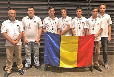 Patru medalii obţinute de elevii români la Olimpiada de Informatică din Polonia