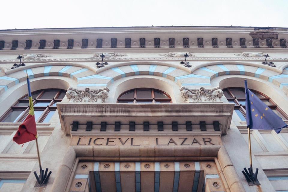 """Proiectul """"Şcoala Încrederii"""", lansat la Colegiul """"Gheorghe Lazăr"""" şi în alte peste 50 de unităţi de învăţământ din ţară"""