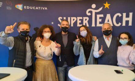 """Mesajul profesorilor din diaspora pentru România: """"Restabiliți statutul profesorilor în societate"""""""