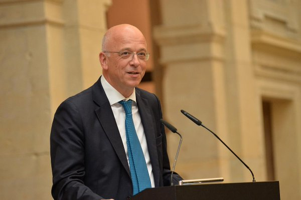 Ambasadorul Germaniei la Bucureşti face un apel la factorii de decizie să sprijine dezvoltarea învăţământului dual
