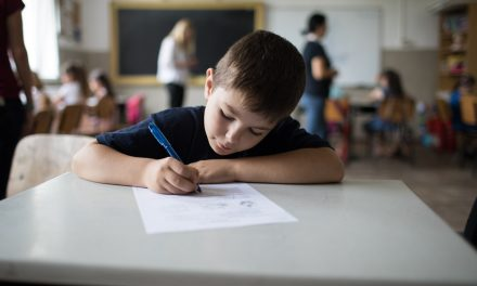 Teach for Romania: Cât de mult le place copiilor la școală și cât de încurajați se simt