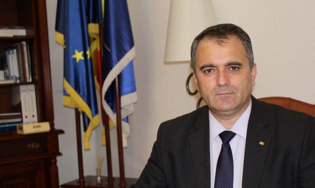 Gigel Paraschiv, secretar de stat în Ministerul Educaţiei: Vă rugăm să depăşiţi teama şi să vă vaccinaţi
