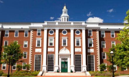 Elev al unui colegiu din Ploieşti, admis la Universitatea Harvard