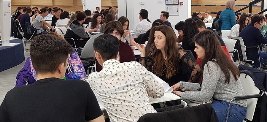 Elevii de liceu propun soluții care să ofere o șansă în plus la carieră generației NEETs