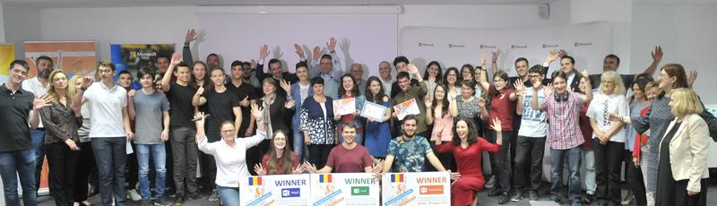 Trei elevi reprezintă România în acest an la competiția mondială Microsoft Office Specialist