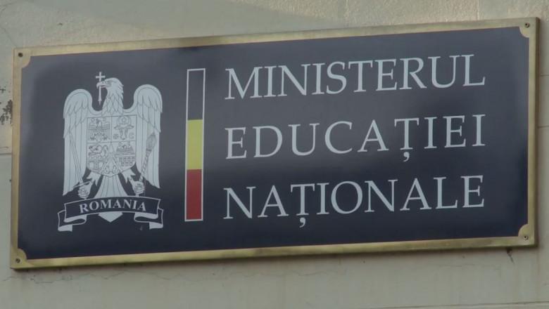 Sorin Cîmpeanu: Joi vor avea loc consultări cu sindicatele din Educaţie, asociaţiile de studenţi, elevi, părinţi