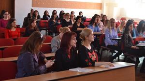 """Facultatea de Litere a Universităţii """"Vasile Alecsandri"""" din Bacău a organizat Sesiunea de comunicări ştiinţifice """"Modele pentru un dialog continuu"""", ediţia a XII-a"""