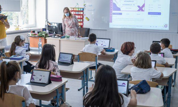 Peste 15.000 de copii au învățat în timpul verii pe platforma de educaţie remedială NaradiX