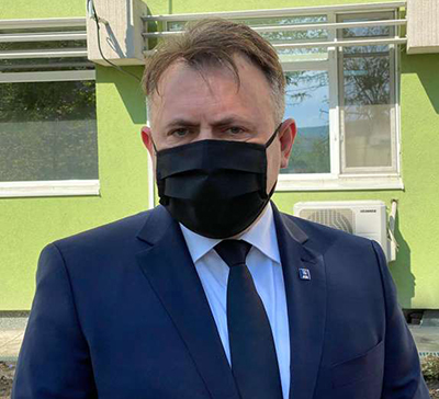 Tătaru: Părinţii nu vor mai completa declaraţie pe proprie răspundere pentru a trimite copilul la şcoală