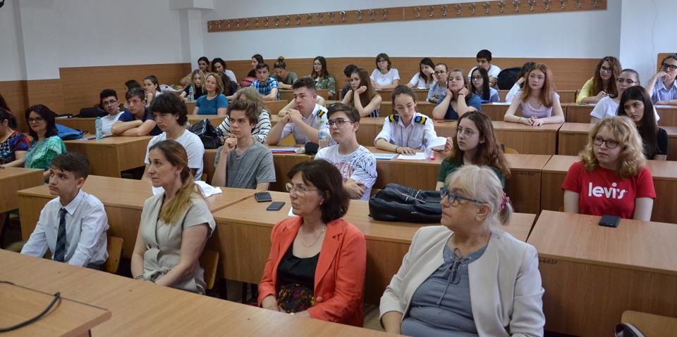 """Facultatea de Științe Aplicate și Inginerie a Universității """"Ovidius"""" a organizat concursul """"Omul. Mediul. Poluarea"""""""