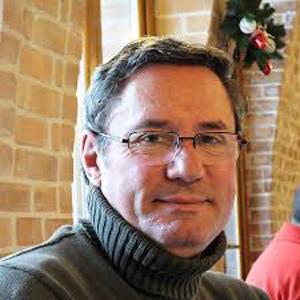 Polixeniu Anghel (UER): Ne dorim simplificarea programelor şcolare