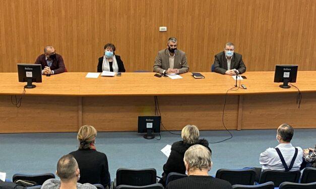 Hunedoara: Sindicaliştii solicită ca personalul din educaţie să fie exceptat de la  îngheţarea salariilor în 2021