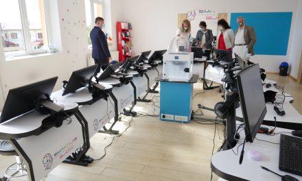 SmartLab, la şcoala din Bucov