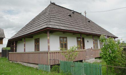 USV invită profesorii și elevii din învățământul preuniversitar la acțiunea de inventariere a caselor tradiționale din Bucovina