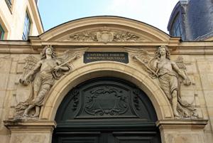 """Parteneriat ştiinţific între Universitatea de Vest """"Vasile Goldiş"""" şi Universitatea Sorbonne Nouvelle 3 din Paris"""