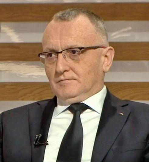 Sorin Cîmpeanu, despre cursurile în format fizic: Nu excludem niciun scenariu, anunţul se va face la sfârşitul lunii ianuarie