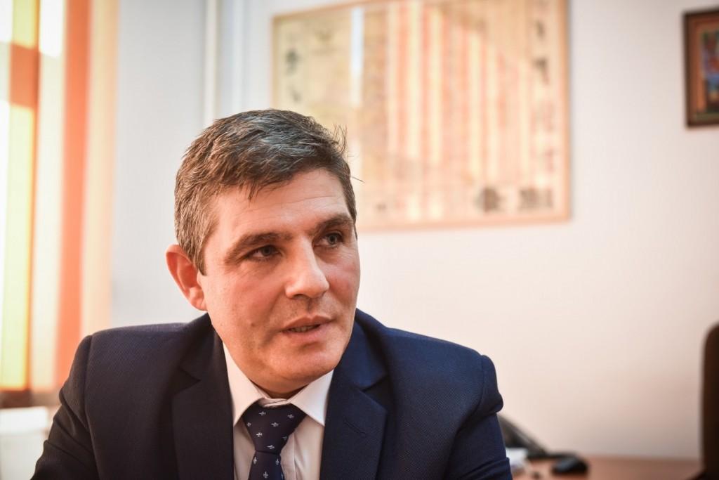 """Noul rector al Universităţii """"Lucian Blaga"""" din Sibiu este profesorul de istorie Sorin Radu"""