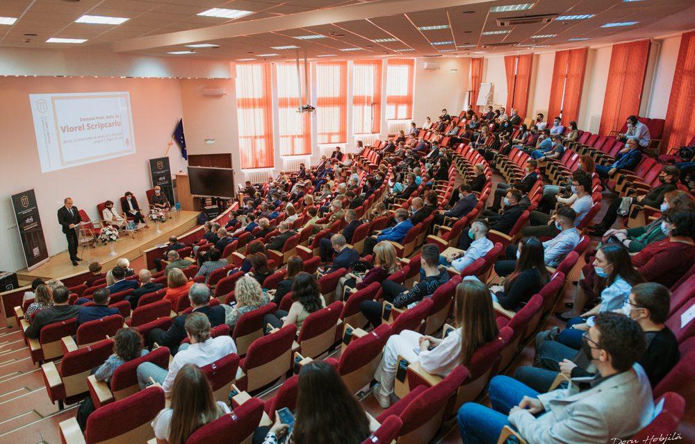 Viorel Scripcariu: UMF Iaşi este una dintre cele mai cosmopolite instituţii de  învăţământ, cu reprezentanţi a 75 de naţiuni