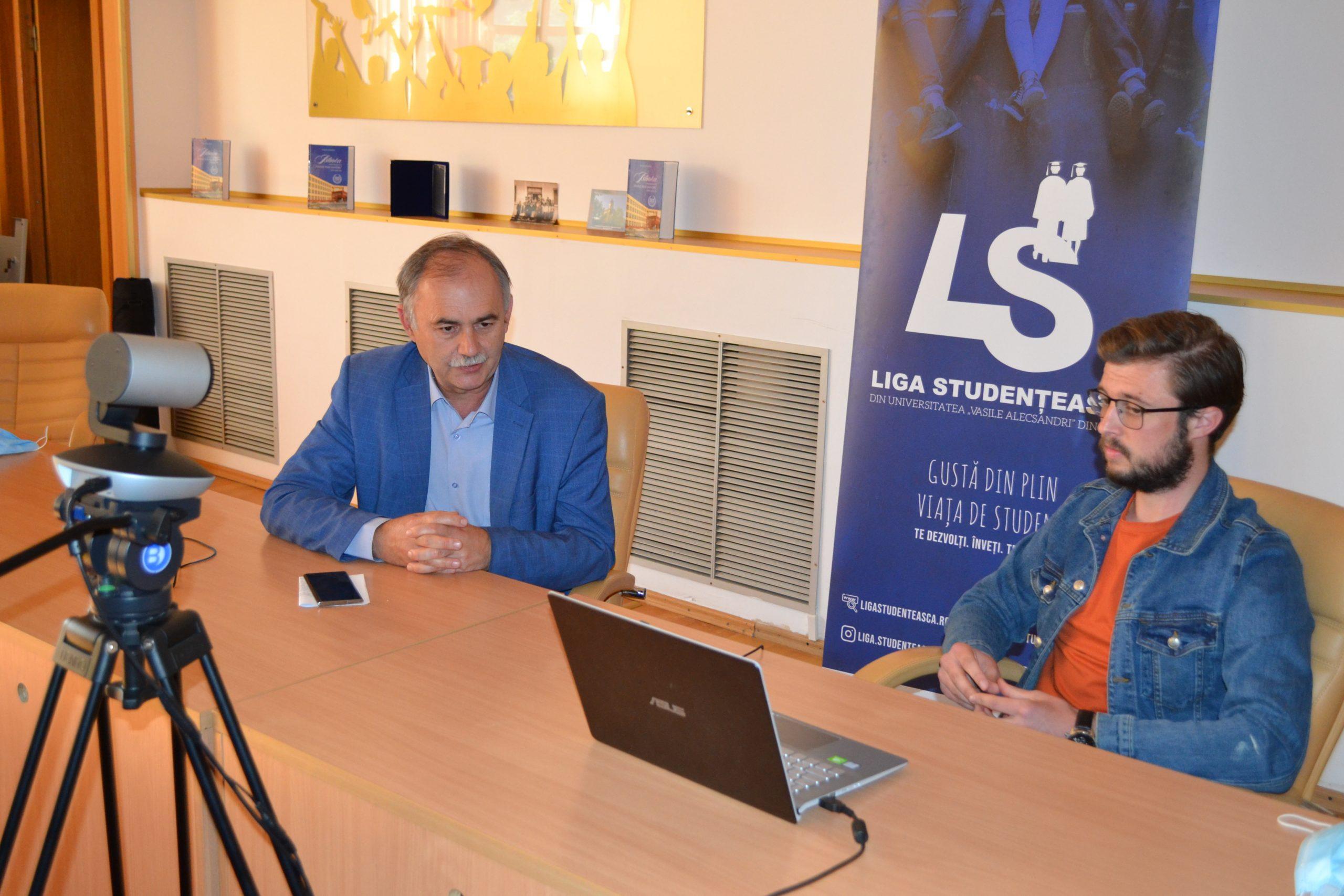 """Liga Studențească a organizat o sesiune de întrebări în direct cu Rectorul Universității """"Vasile Alecsandri"""" din Bacău"""