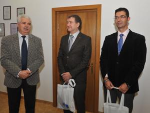 """O delegaţie de profesori de la Universitatea din Cadiz, în vizită de lucru la Universitatea """"Vasile Alecsandri"""" din Bacău"""
