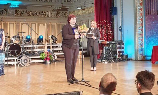 Premiul Personalitatea Anului 2019 în Promovarea Educaţiei şi Formării în Asistenţă Socială