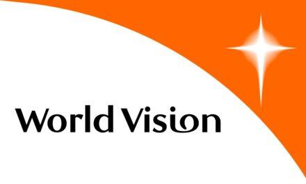 World Vision atrage atenţia că aproape un milion de elevi fără acces la internet au pierdut 24 de săptămâni de şcoală
