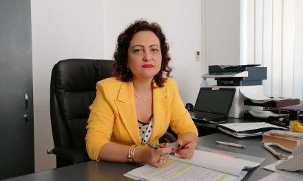 Sute de elevi din judeţul Botoşani vor învăţa în anul şcolar 2021-2022 în clase simultane