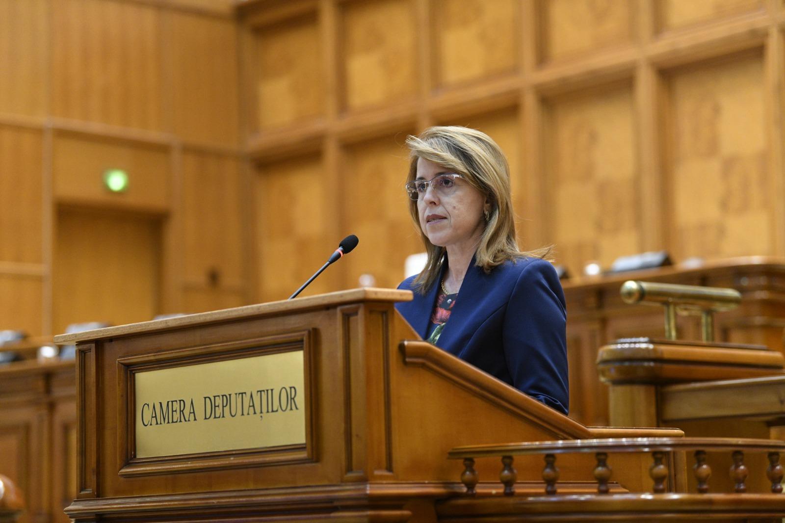 Dr. Antoneta Ioniță, Deputat, Comisia de Sănătate: În toată această perioadă, importantă este relația pacienților cu medicii lor de familie. Se pot acorda consultații medicale, prin sistemul de telemedicină