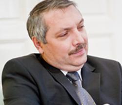 Leonard Azamfirei: UMFST Târgu Mureş a devenit o universitate cu potenţial de dezvoltare pentru intrarea în rândul celor europene