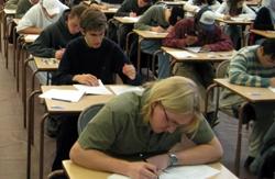 39.435 de absolvenţi de liceu s-au înscris la sesiunea a doua a Bacalaureatului