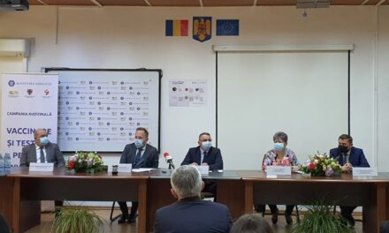 """Campania """"Vaccinare şi testare pentru învăţare!"""" a fost lansată la Zalău"""