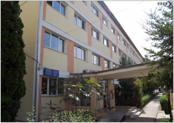 Universitatea Politehnica Timişoara propune ca, la reluarea cursurilor, studenţii să stea pe rând în camerele de cămin