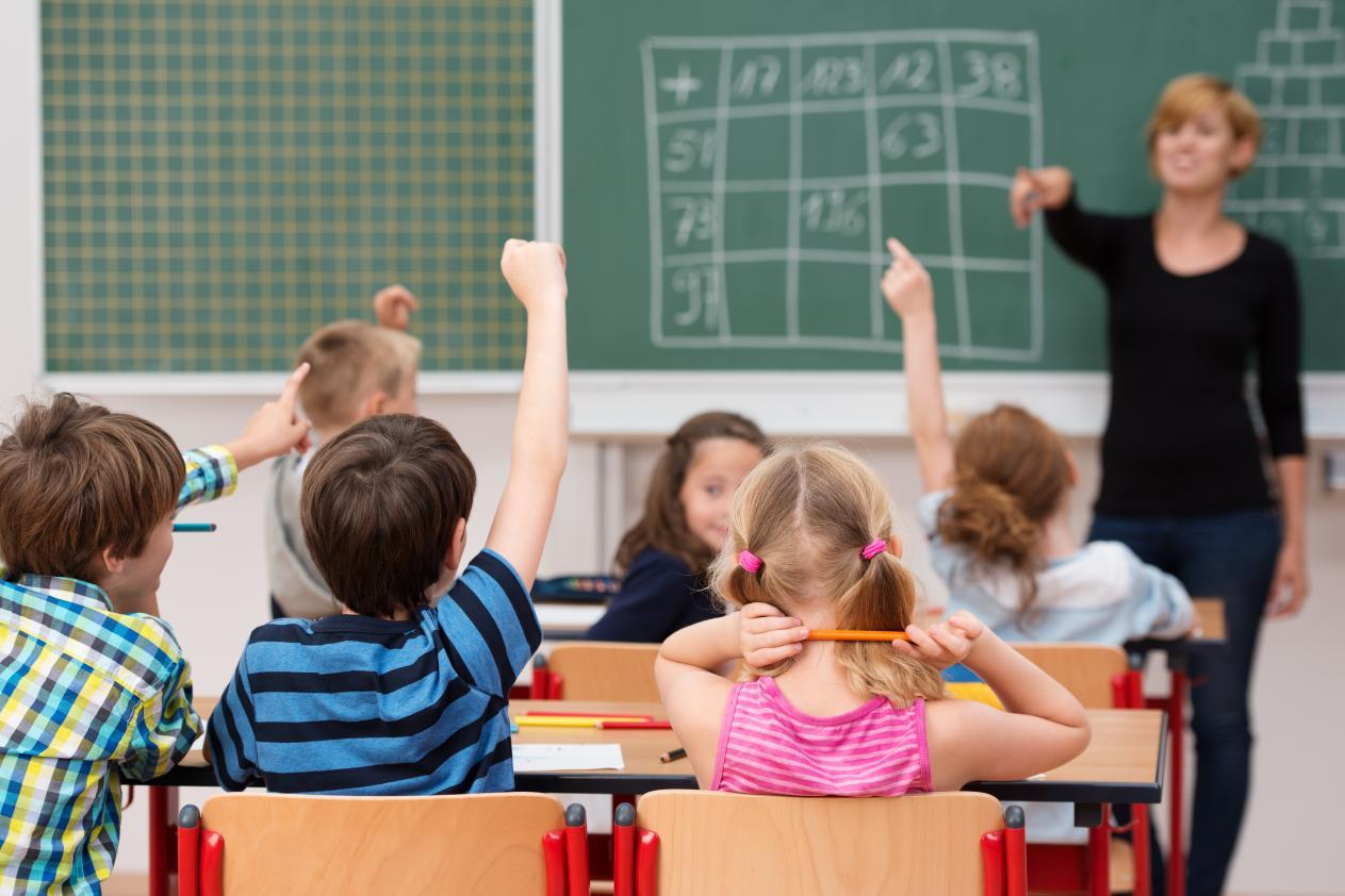 Bistriţa-Năsăud: Peste 3.000 de locuri disponibile pentru înscrierea copiilor în clasa pregătitoare