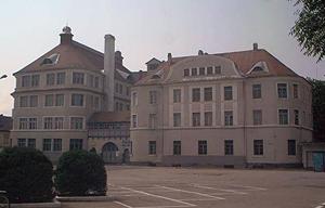 """O multinaţională înfiinţează o clasă în sistem profesional dual la Colegiul Tehnic """"Independenţa"""" din Sibiu"""