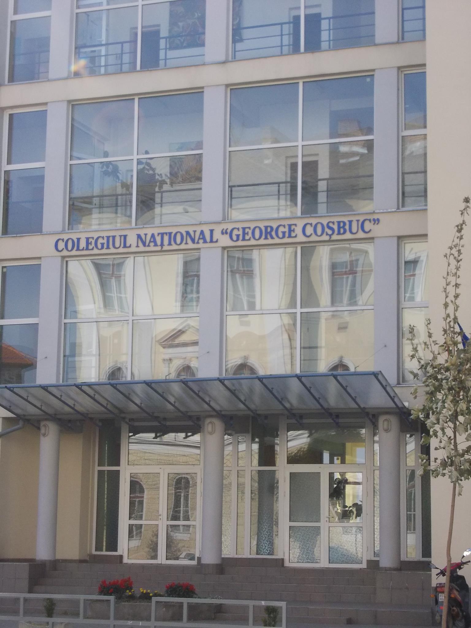 """Colegiul Naţional """"George Coşbuc"""" din Cluj-Napoca trece la învăţământ online din cauza COVID-19"""