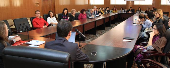 """Dezbatere despre cultura dreptului european la Universitatea """"Danubius"""" din Galați"""