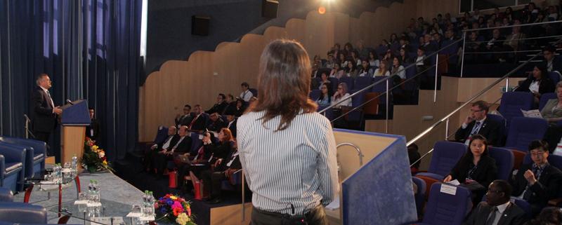 """Universitatea """"Danubius"""", un sfert de veac aniversat cu partenerii din întreaga lume"""