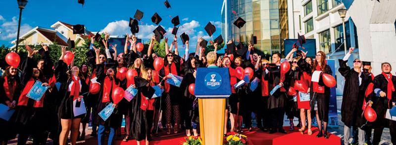 Programe de master pentru specialiști în comerț și turism, shipping, finanțe internaționale și domeniul financiar la Universitatea Danubius