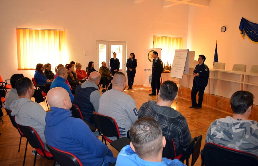 Studenți danubieni de la Drept și Psihologie au trăit pentru o zi experiența privării de libertate