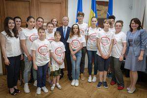 Delegaţii de copii au prezentat autorităţilor recomandări pentru îmbunătăţirea sistemului de educaţie