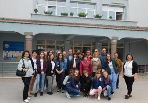 """Experiențe europene ale elevilor de la Școala Profesională Specială """"Ion Pillat"""" Dorohoi"""