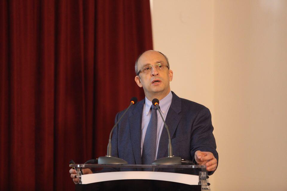Prof. dr. Dragoș Vinereanu a fost ales președinte al Senatului UMF Carol Davila