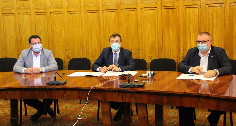 """Acord de parteneriat între Universitatea """"Dunărea de Jos"""" şi Institutul Naţional  de Cercetare-Dezvoltare în Informatică"""