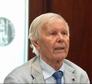 Eugen Simion: Nu trebuie 100 de manuale alternative, ci două-trei făcute de oameni responsabili