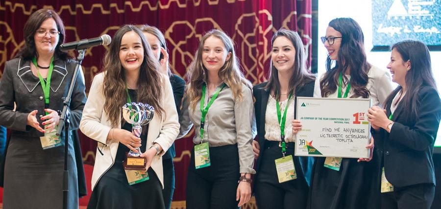 Peste 150.000 de euro pentru elevii și studenții care participă la programul de antreprenoriat și competiția JA Compania Anului