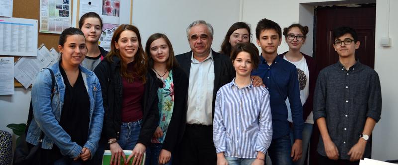"""Performanţă de nivel naţional la Liceului Teoretic """"Adam Muller Guttenbrunn"""" din Arad"""