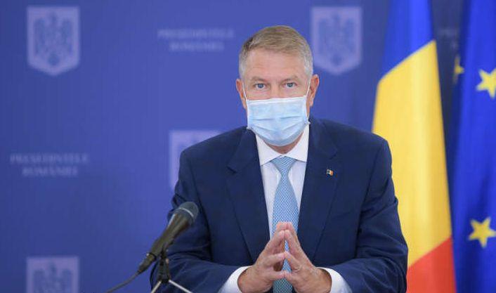 Preşedintele Iohannis cere reexaminarea legii privind educaţia sanitară în şcoli